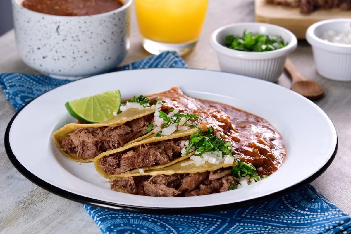 Tacos De Lengua Estilo Tlaquepaque