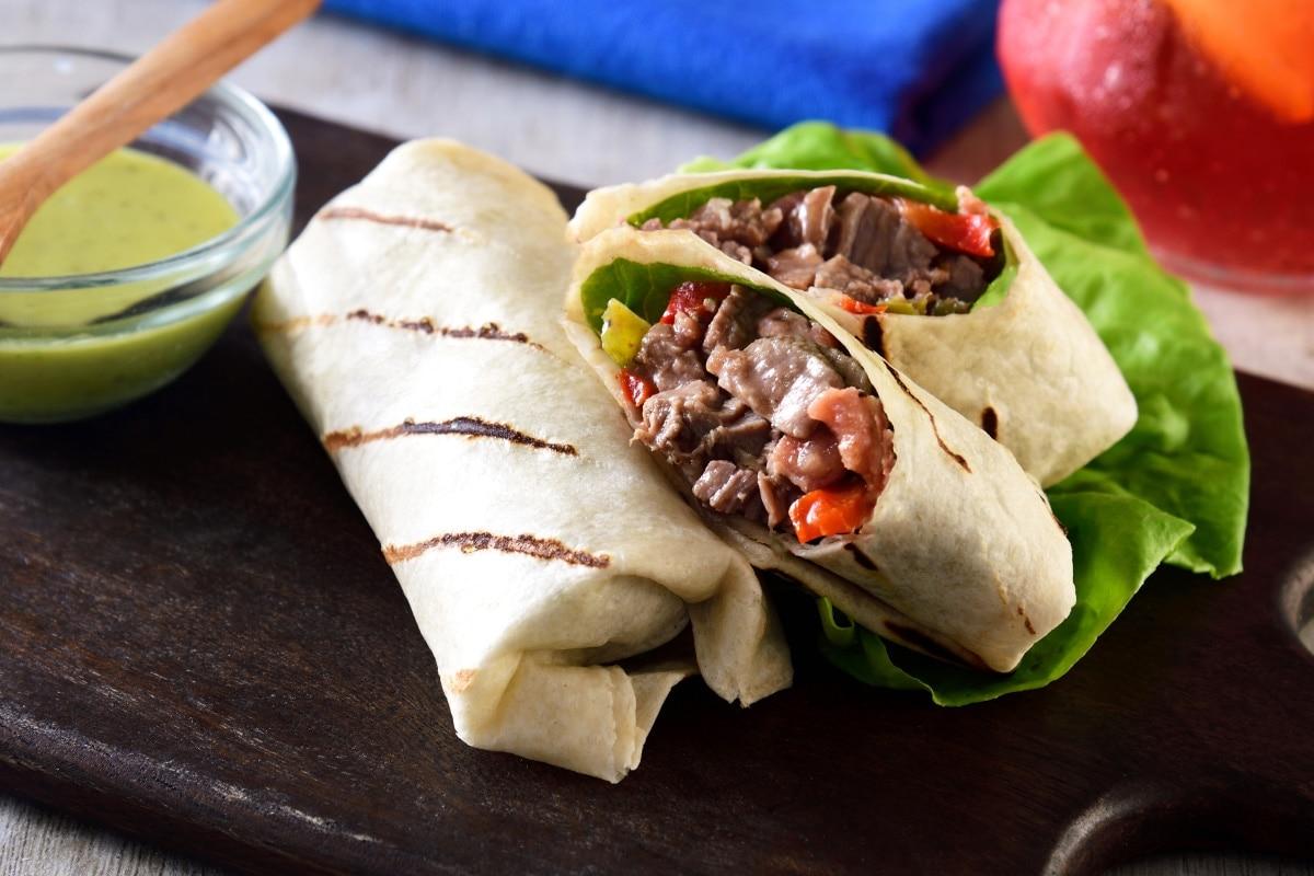 Burritos De Arrachera Con Tortillas De Harina