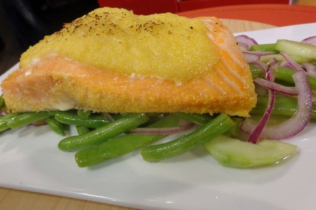 Salmon in Hummus Crust in Green Beans and Cucumber Salad