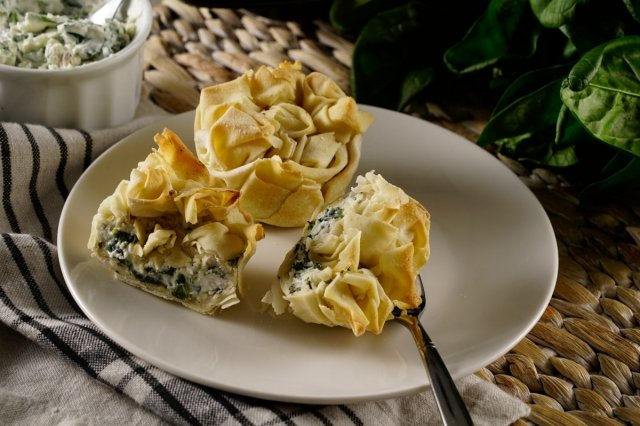 Crispy Pasta Filo with Spinach and Ricotta Cheese