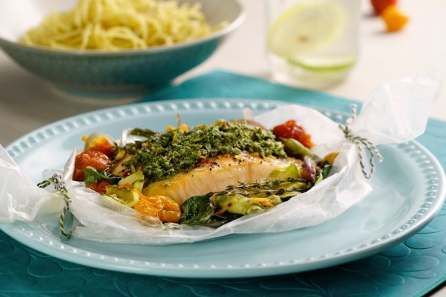 Salmon wallpaper with spinach pesto