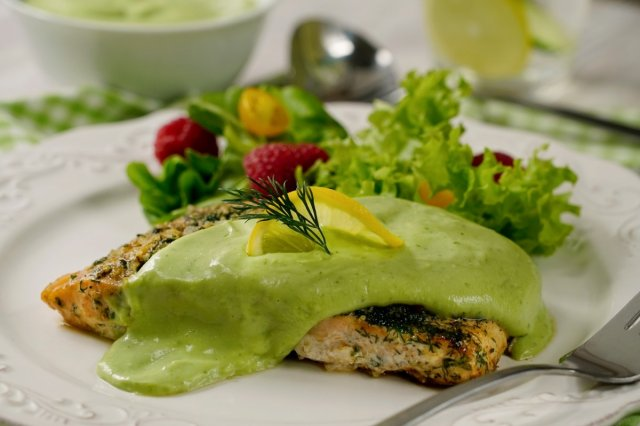 Salmon with Creamy Avocado Sauce