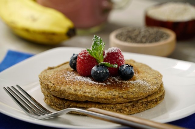 Banana and Chia Hotcakes
