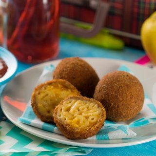 Croquetas de Mac & Cheese