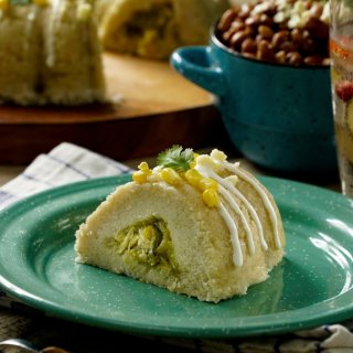 Tamal Ring Stuffed with Chicken