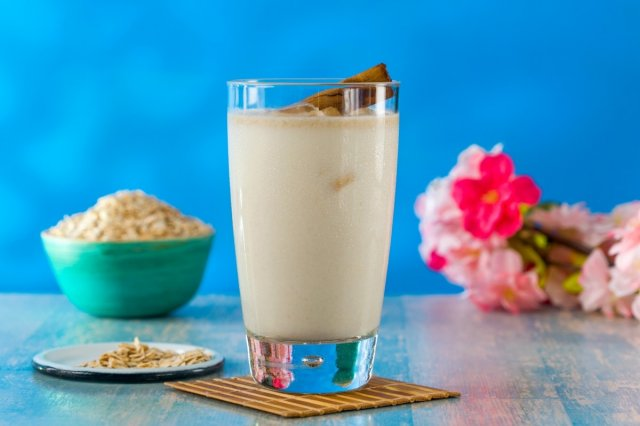 Rice Horchata Drink with Oatmeal