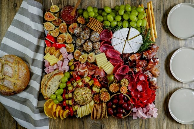 Cold Meats and Cheese Appetizer Platter