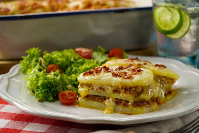 Potato Lasagna with Ground Beef