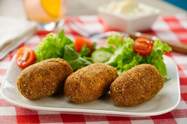 Potato Croquettes Stuffed with Cheese with Bacon