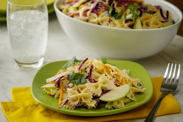Creamy Pasta Salad with Cabbage