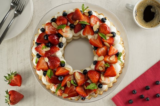 Strawberry Biscuit Cake with Cream