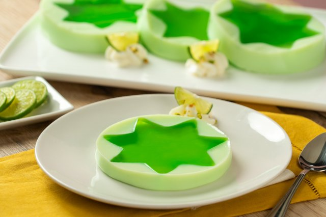 Lemon Star and Pistachio Jelly