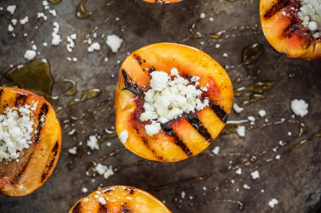Nectarines with Feta Cheese and Cardamom