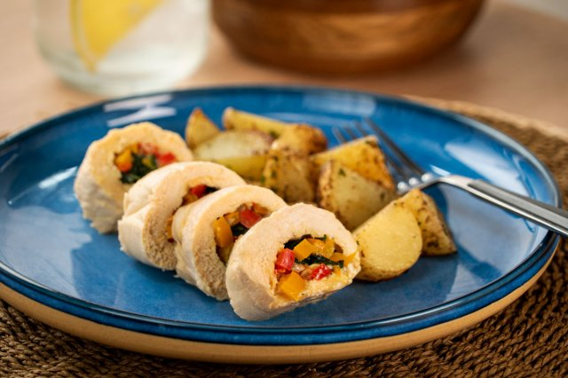 Spinach and Cheese Stuffed Chicken Roll