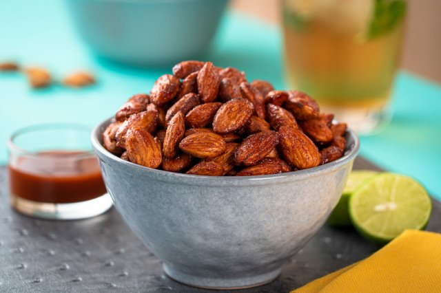 Spicy Almond Snack