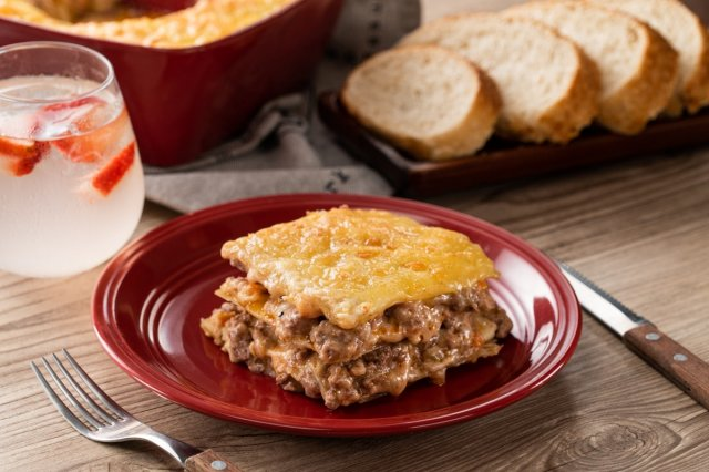 Ground Beef and Easy Cheese Lasagna