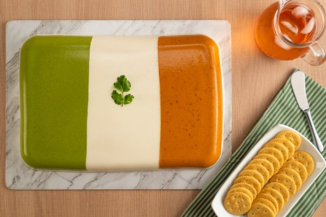 Mousse Tricolor de Queso con Chile
