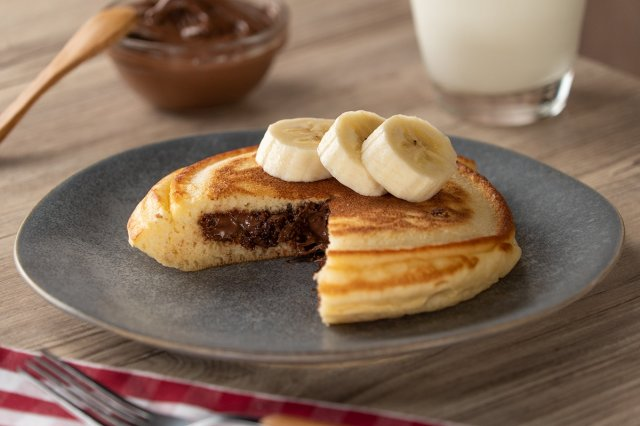 How to fill Hot Cakes with Hazelnut Cream