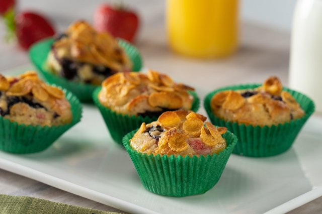 Cereal Muffins with Fruit
