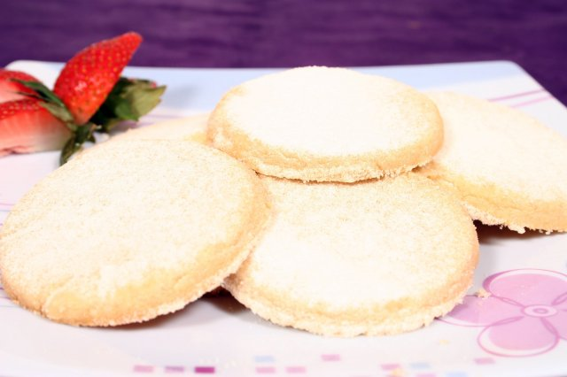 Butter cookies with sugar