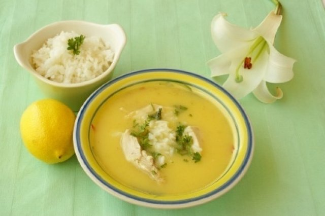 Greek soup of lemon (Avgolemono)
