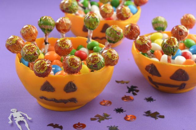 Recipe of How to make a Pumpkin Candy with Chocolate