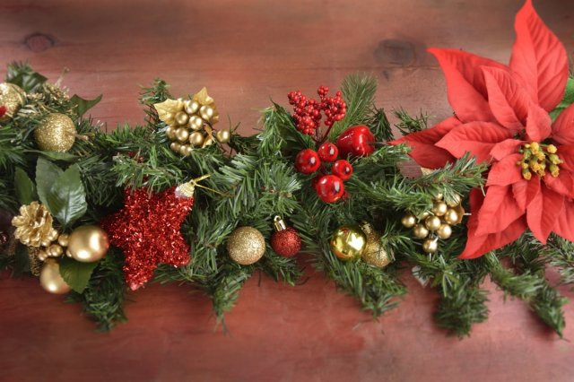 Recipe of How to make a Christmas Wreath