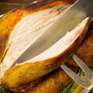 How to cut baked turkey breast