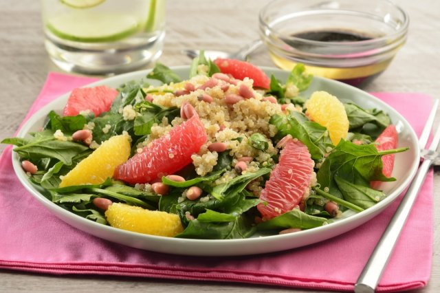 Recipe of Citrus and quinoa salad