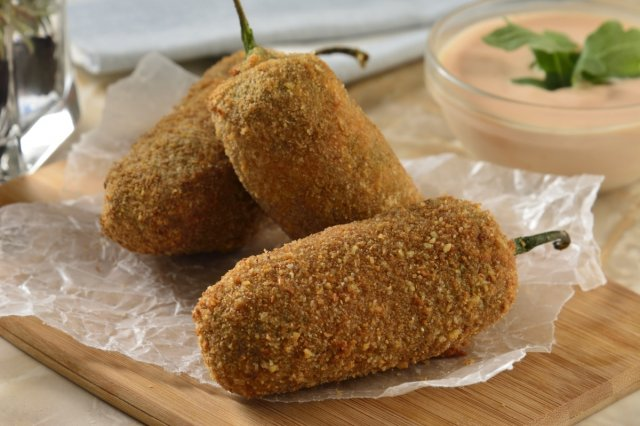 Recipe of Breaded jalapeño peppers stuffed with oaxaca cheese