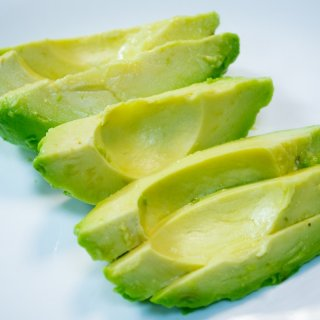 How to cut avocado in the best way