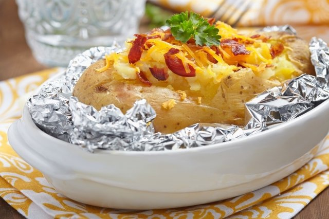 Recipe of How to make baked potatoes with bacon