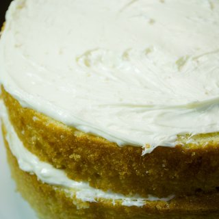 How to make a double-decker cake