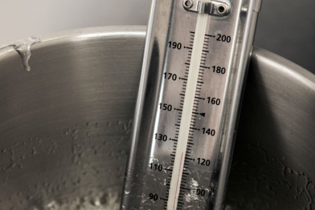 Recipe of How to know the exact temperature for frying