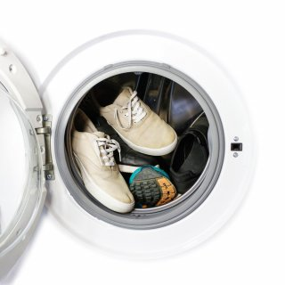 How to wash tennis in the washing machine
