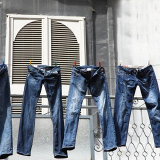 How to wash jeans or jeans
