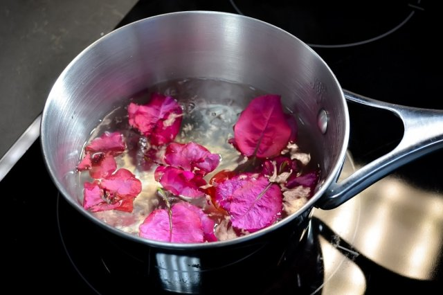 Recipe of How to make a natural remedy for cough with bougainvillea