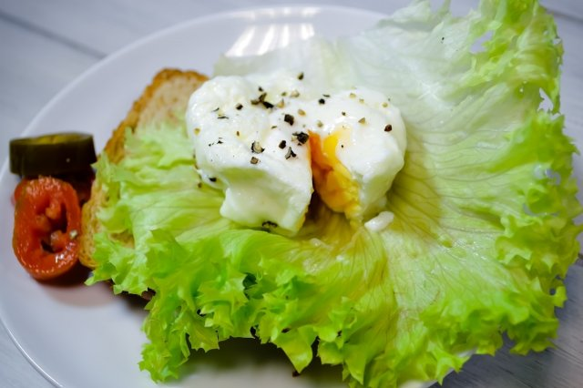 Recipe of How to make poached egg in a microwave
