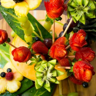How to make a Floral Fruit Arrangement